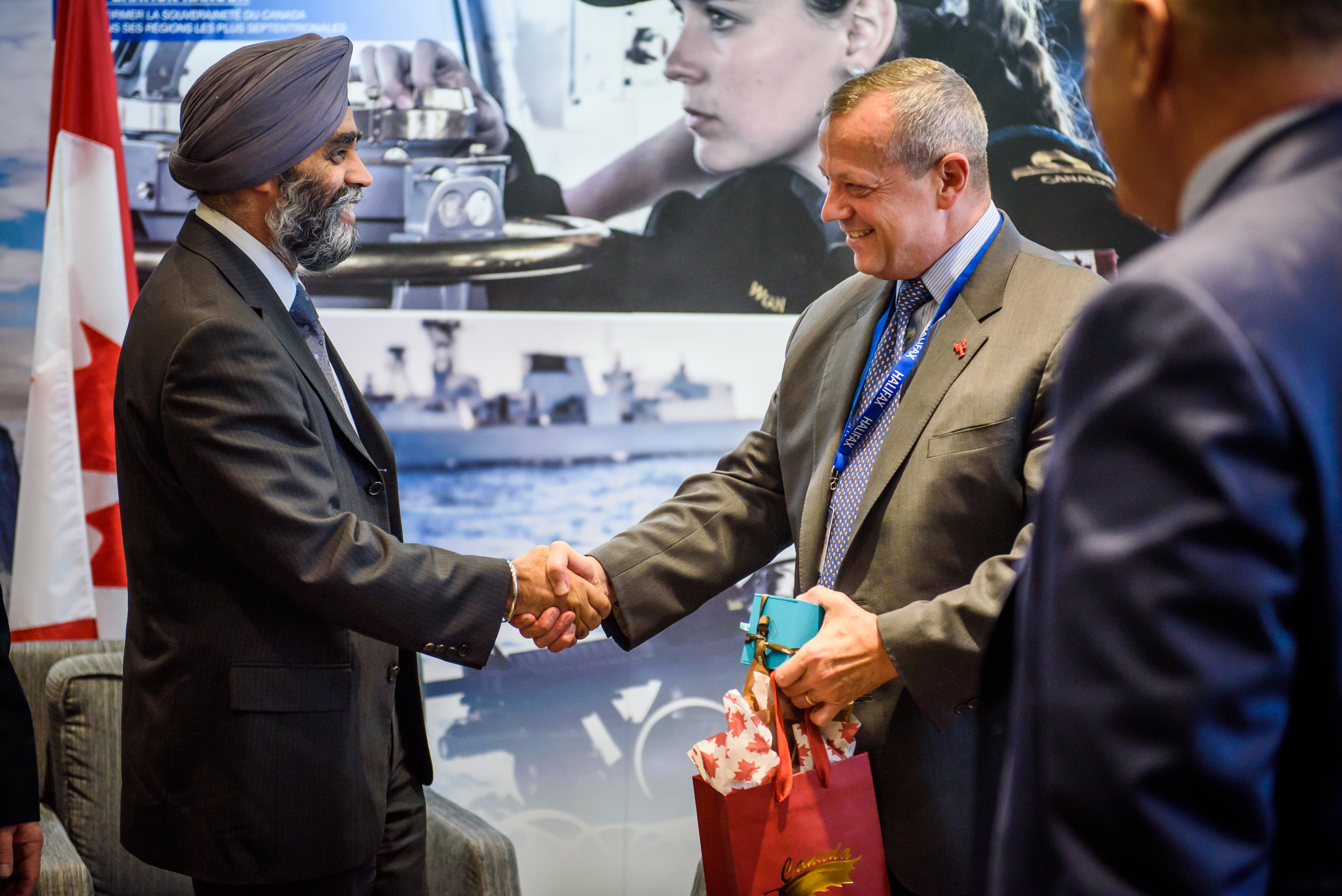 Minister Harjit Sajjan (Minister of National Defence, Canada) and General (ret.) John Allen (Co-Director for the Center for 21st Century Security and Intelligence, The Brookings Institution)